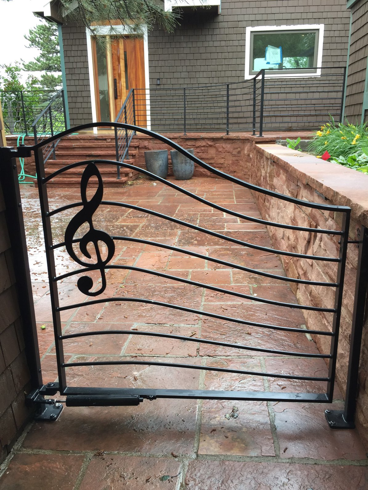 Treble Clef Gate